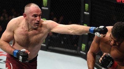 Алистар Оверим нокаутировал Алексея Олейника на UFC Fight Night 149
