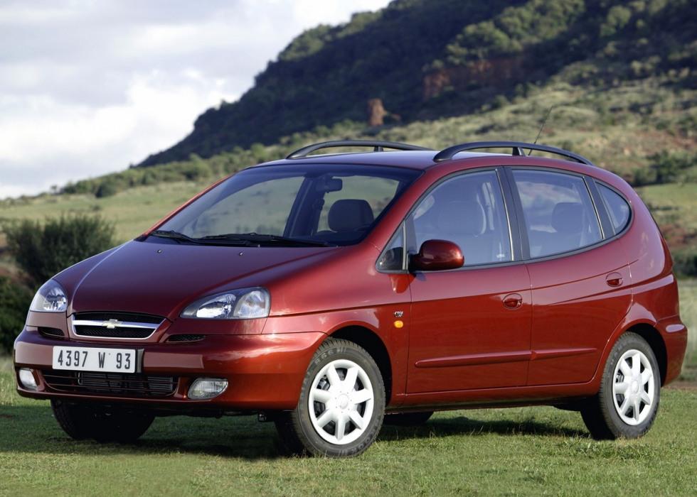 Тест-драйв автомобиля Chevrolet Rezzo