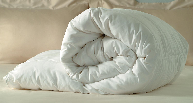 Как постирать пуховое одеяло