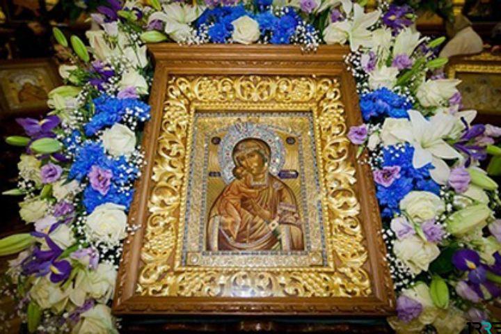День Феодоровской иконы Божией Матери 27 марта отмечает православная церковь России