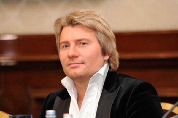 Видео выступления Николая Баскова после сообщения о смерти его отца