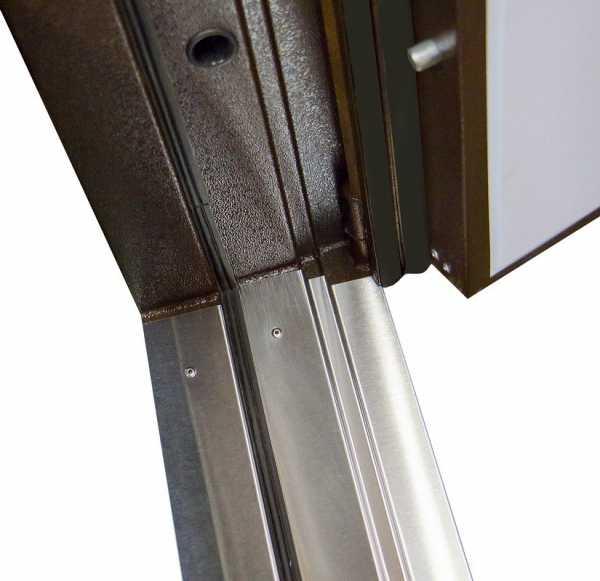 Все, что нужно знать о комбинированных дверных конструкциях