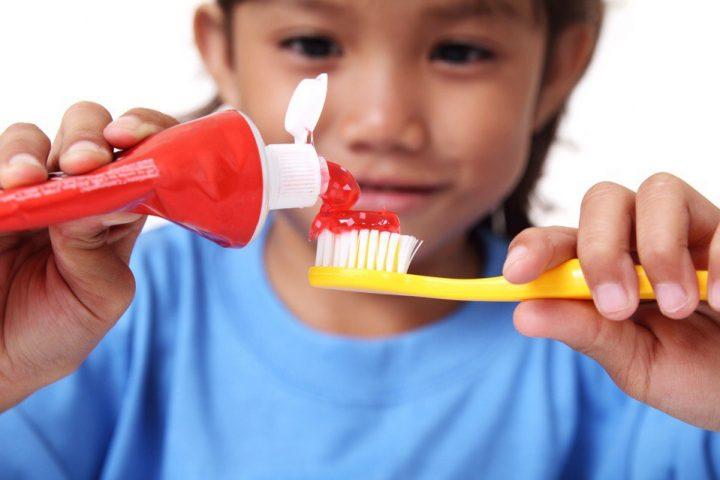 Как выбрать зубную пасту для ребёнка