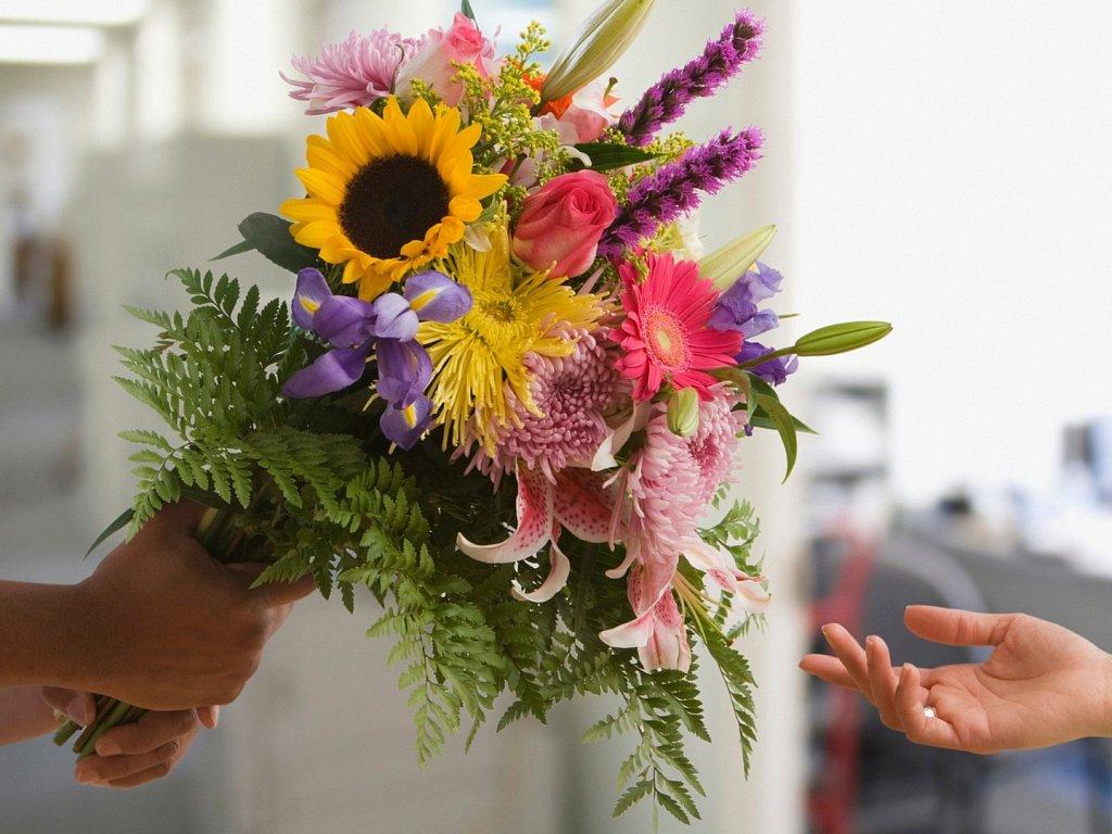 Доставка цветов по Кропивницкому