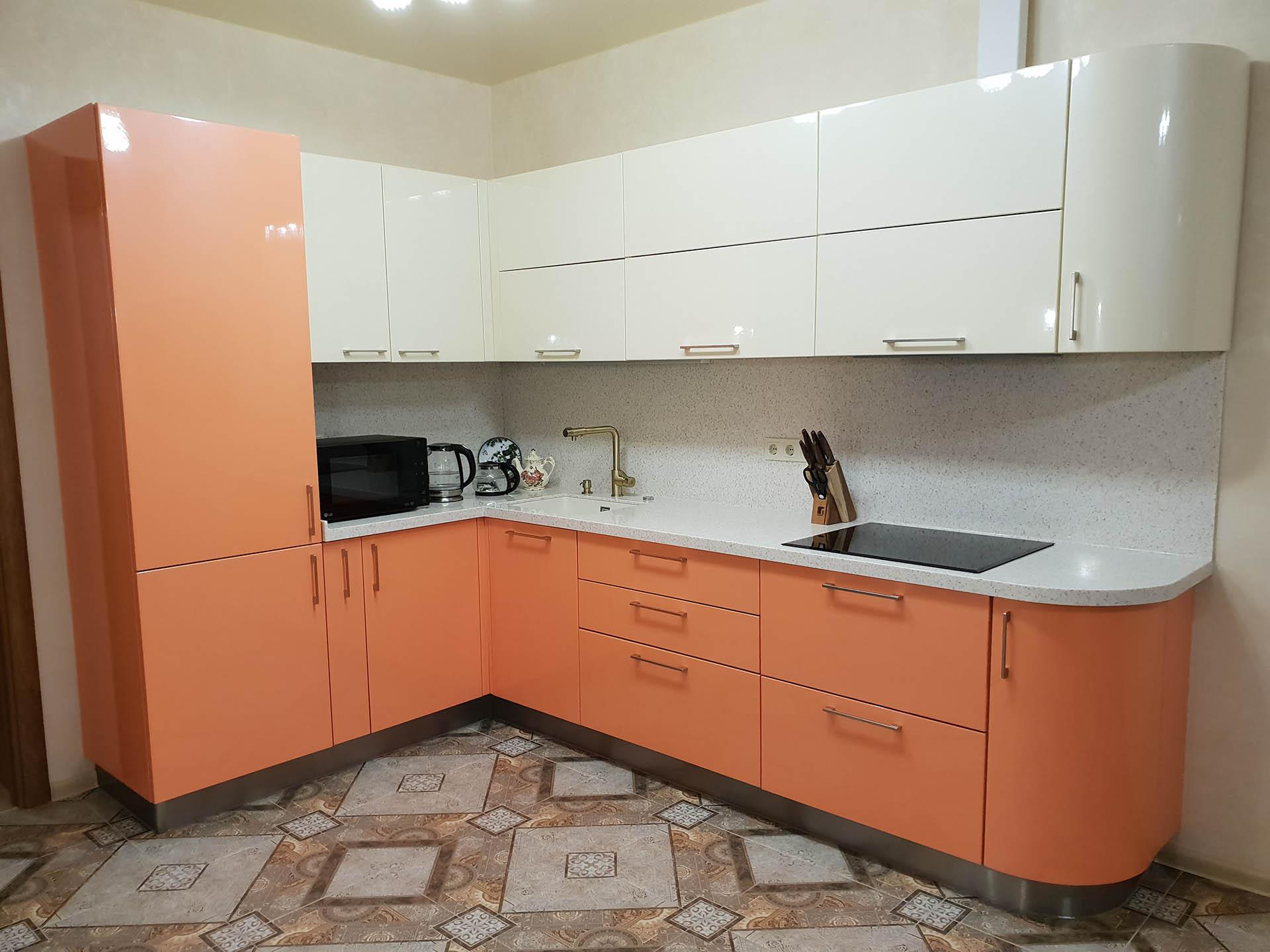 Как обустроить и персонализировать угловую кухню?